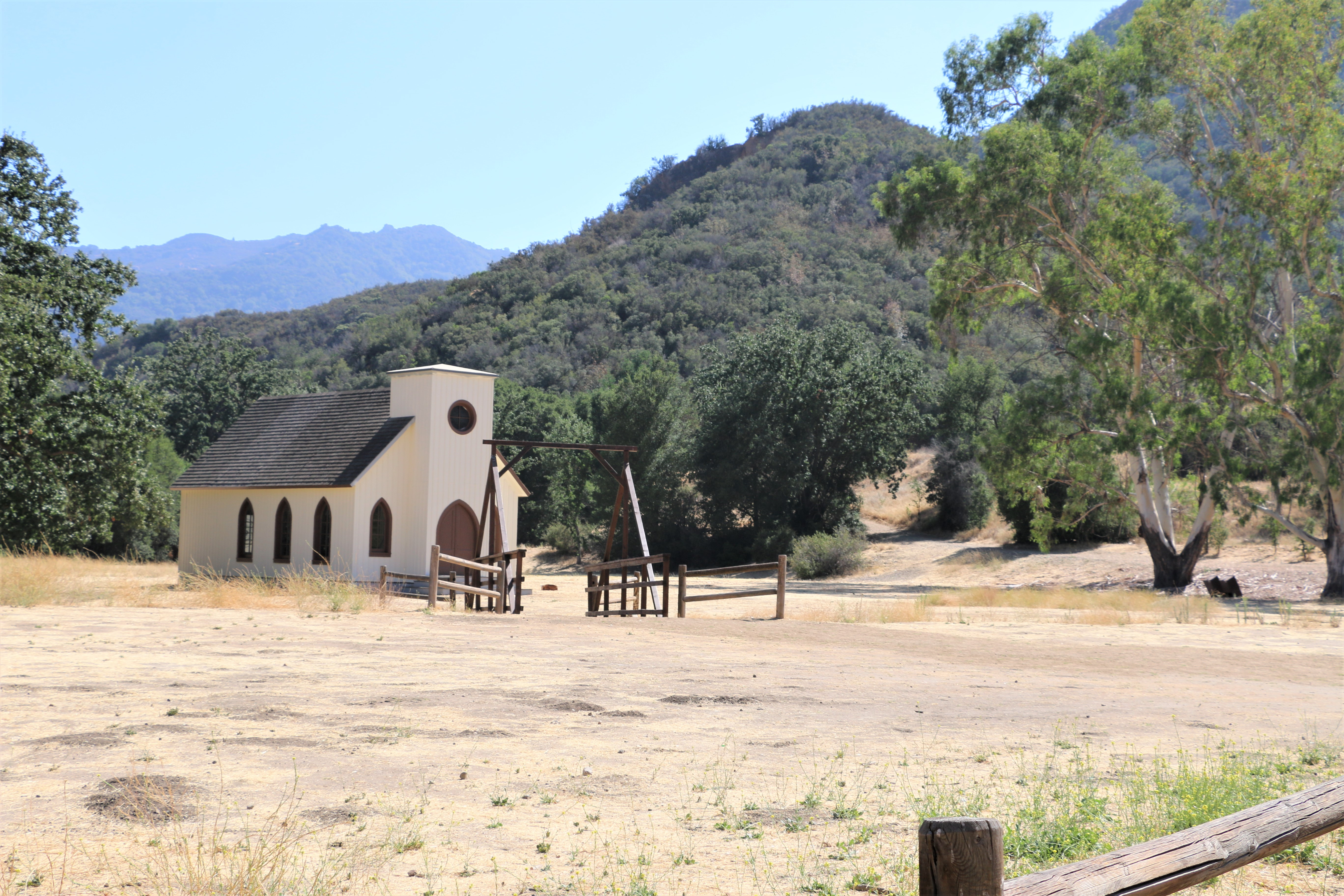 paramount ranch from western films to wedding receptions